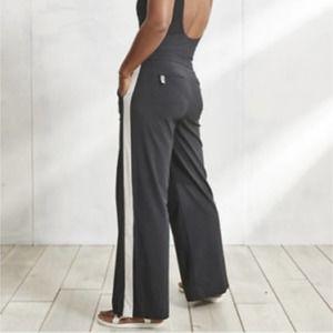 Athleta Black Luxe Gramercy Track Trouser NWT 14P